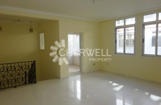 Spacious 5 BR Apartment in khalidiya